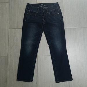 American Eagle Artist Crop Jeans Size 6